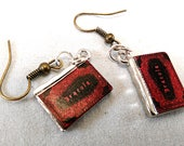 Dracula Earrings - Vampire Gothic Jewelry
