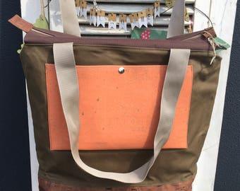 Weekender waxed canvas city shopper Cork leather beach bag