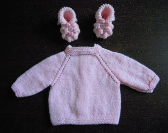 Bra top down and premature baby booties