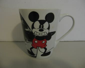 Disney Mickey Mouse Comic Strip Mug - Jerry Leigh