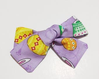 hand tied bow , baby headband  ,spring fabric , bow clip , baby girl bow , hair bow , floral bow , spring bow