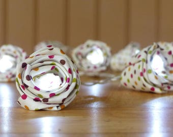 Garland 10 white Leds with multicolors polka dot fabric flowers