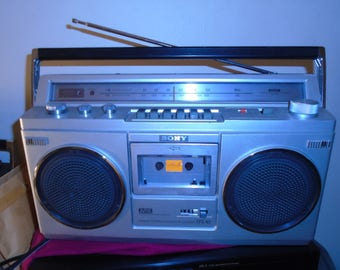 Vintage Sony CFS-45 Stereo Cassette Boombox Works/Looks Great