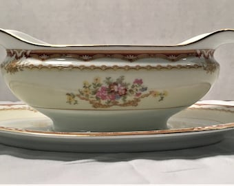Vintage 1933 Noritake China 619 Merle Pattern Gravy Boat.  Excellent Condition.   lot 506