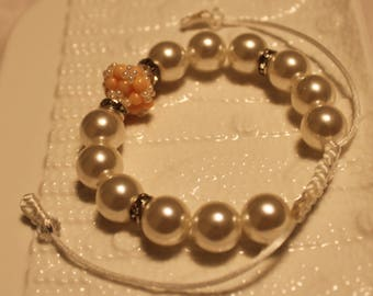 Cute Pearl & glass-beaded bracelet in white and cream-hues; handmade, shamballa, beadweaving, beautiful, casual-wear, party-wear