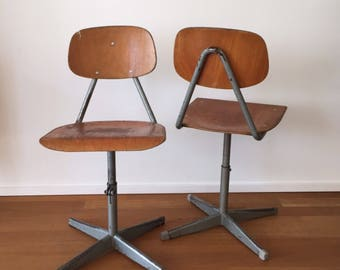 Set of two 70s vintage industrial workshop chairs
