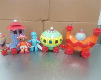 In the night garden Ninky Nonk train set with Upsy Daisey and Iggle Piggle