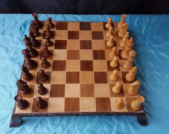 Chess Board(w/pieces)