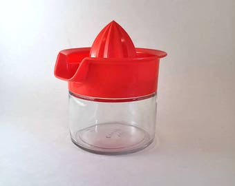 GemCo Fruit Juicer with Glass Base