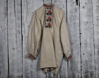 Vintage traditional Ukrainian embroidered shirt / Vyshyvanka / Handmade embroidered shirt / Embroidered mens shirt / Folk embroidered shirt