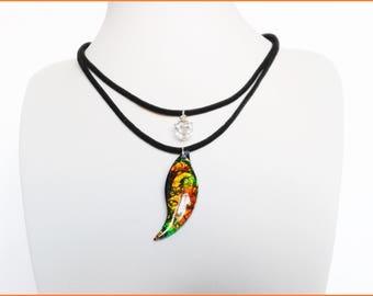 crew neck pendant resin iridescent double suedine cord