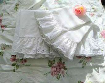Perma-Prest, Percale (Standard) Pillow Cases & (Full) Flat Sheet, White, Ruffles, Eyelet, Cottage Chic