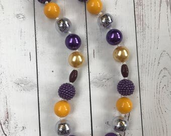 Louisiana State University chunky bubblegum beaded necklace, LSU necklace, purole and gold, college necklaces, NCAA, SEC, girl necklace