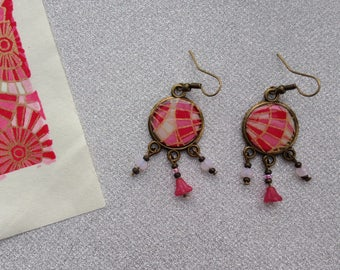 Stud Earrings, Japanese paper with pink and white geometric patterns.