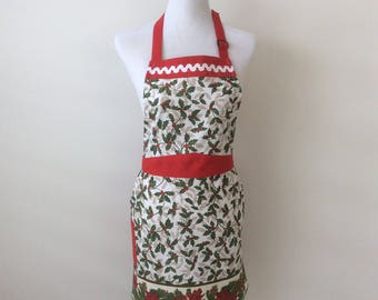 Christmas Apron, Women's Apron, Christmas Holly Apron, Holiday Apron, Festive Apron, Christmas Gifts for Her, Stocking Filler