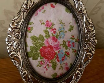 Silver Plated Frame Rose Scroll Oval Picture Photograph Vintage Bedroom Lounge Home Decor