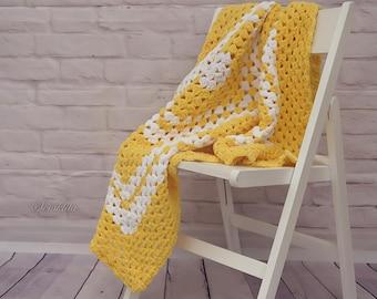 Crochet afgan blanket, baby blanket, white and yellow blanket
