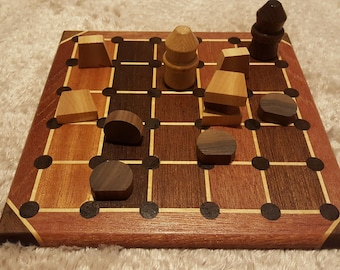 Takk board with game pieces