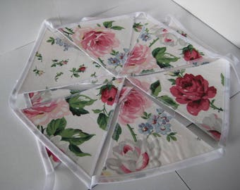 Laura Ashley Clarissa Cranberry Bunting - 2 Metres - 10 Double Sided Flags