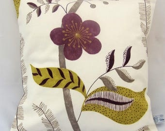 Floral cushion cover 38 x 38 cm, envelope back, ivory with purple flowers, botanical print, Sanderson fabric