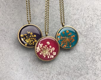 White Queen Anne's Lace against  Raspberry Pink in Antique Bronze Open Back Bezel Resin Pendant Necklace, Resin Jewelry, Pressed Flowers