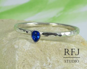Pear Cut Synthetic Sapphire Hammered Silver Ring, Stackable Blue September Birthstone Ring Teardrop Sapphire 3x2mm Dainty 925 Silver Ring