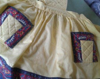 Provençal dress makes a Nice 1950s!