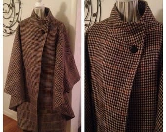 Anniversary Sale Stunning Vintage Ladies Houndtooth Cape and Skirt