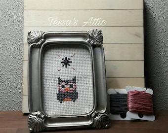 Owl wall art completed cross stitch office decor, framed bird art dorm decor, small fiber art housewarming gift, Christmas present