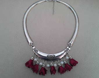Necklace ethnic Burgundy flower