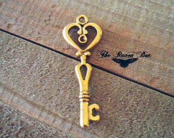 Skeleton Key Pendant Heart Key Antiqued Gold Key Charm Gold Skeleton Key Charms By the Piece Steampunk Key 42mm
