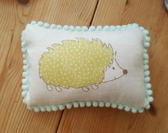 Hedgehog Pin Cushion / Sewing Room / Craft Room / Shabby Chic / Country Cottage / Multi Pin Cushion / Pin Cushion