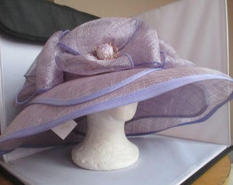 Wedding/ascot/bridal hat    SIZE-M   VERY Wide  RRP-  199 pounds
