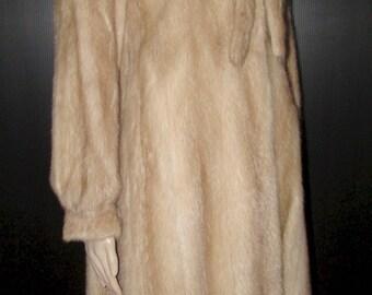Vtg  très joli manteau de véritable fourrure de vison pastel très pâle/ Vtg very nice very light pastel real mink fur coat   sz bust 40