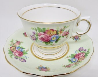 Colclough Bone China Pale Green Footed Teacup and Saucer Pink Rose Floral Pattern
