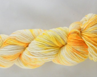 15% Silk - DK Weight - Yellow and Orange - 75 Percent Polwarth Wool - Handdyed - Handpainted - Spring Speckles - 296 yards - 100g #429