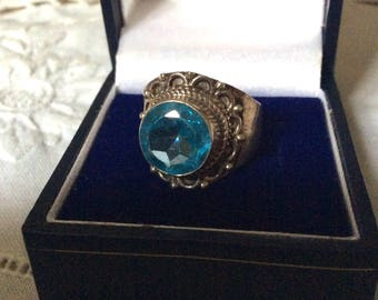 Vintage BLUE TOPAZ STERLING Ring Hand made - Sterling silver - Beautiful Stone - Nice vintage jewelry-from France