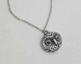 Owl Necklace, Wisdom Symbol,Owl Totem, Athena's Owl, Owl Face, Owl Jewelry, Bird Jewelry, Symbolic Jewelry