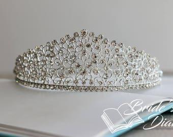 Wedding hair jewelry, bridal hair crown, silvery bridal crown