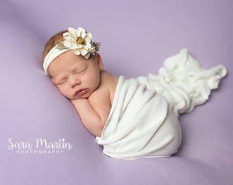 White Flower Jersey Newborn Tieback