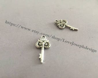 wholesale 25Pieces /Lot Antique silver Plated 10mmx21mm dounble side owl key Charms (#0239)