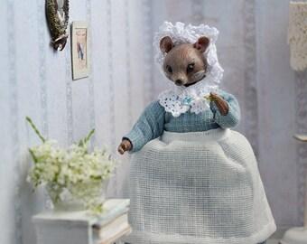 Madame Mouse Doll, miniature 1:12