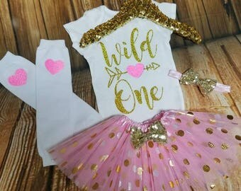 1st birthday girl outfit, Wild One Pink and Gold, First Birthday Girl, ONE birthday outfit, Cake Smash Outfit, 1st Birthday Girl, One Onesie