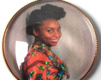 Brooch embroidered Chimamanda Adichie