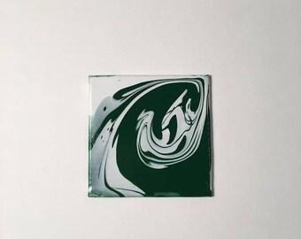 Dark Green and White Spiral