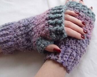 Wrist Warmers / Fingerless Gloves / Crochet Wrist Warmers / Womens Gloves / Womens Gift Ideas