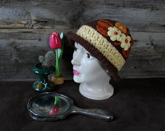 Hat colorful Vintage trove for adult.