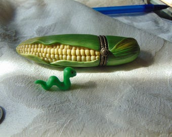 Midwest of Cannon Falls EAR of CORN trinket box with worm trinket