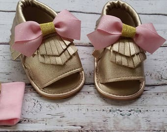 Baby Moccasins, Baby Moccasin Sandals, First Birthday Girl, Wild One Birthday, Baby Mocs, Baby Moccasins Girl, Pink and Gold Birthday,Gold