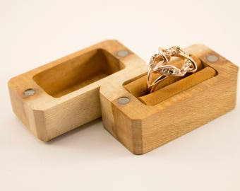 Slim engagement ring box, proposal ring box